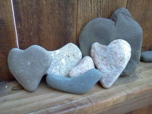 Tumbled heart rocks