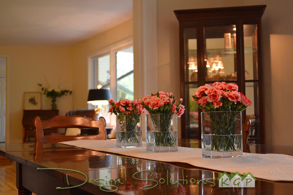 dining floral arrangement