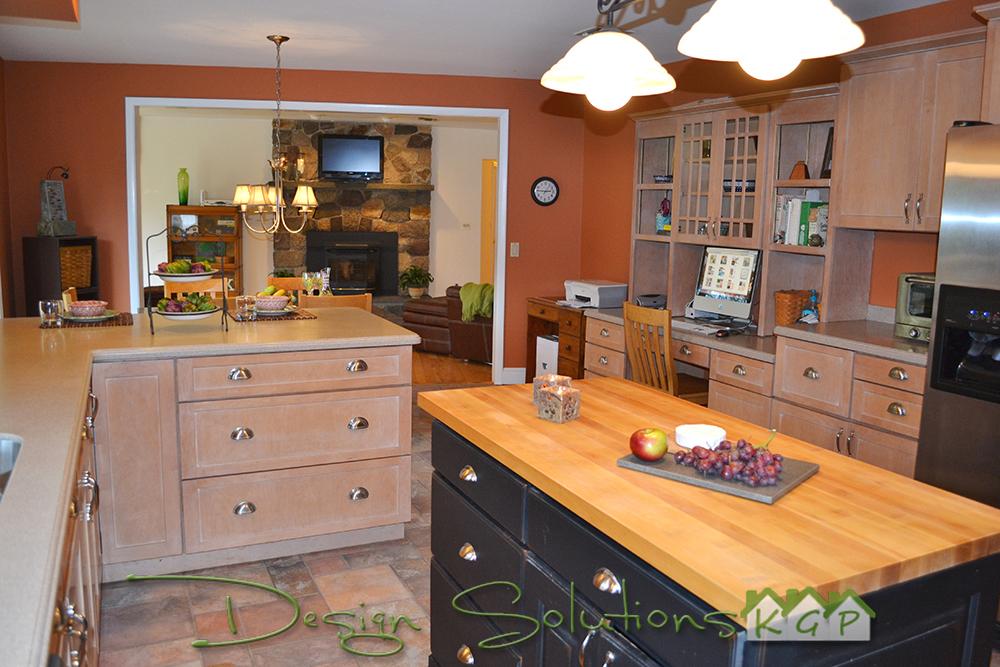 kitchen open to family