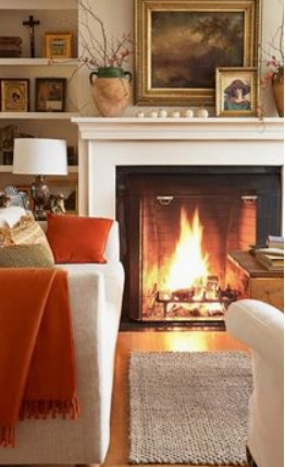 warm color on walls gives the room a cosy feeling